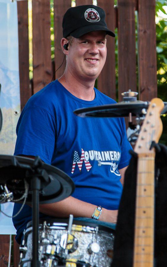 Big Tom - Drums, Percussion